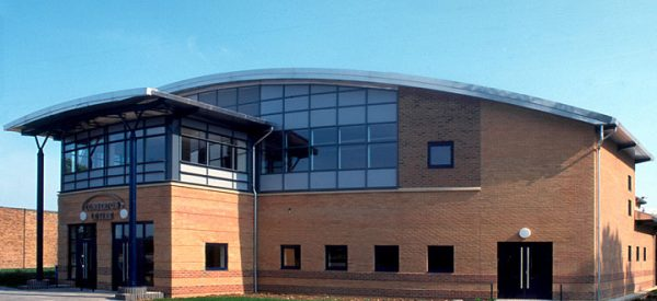 comberton-village-college-sports-and-performing-arts-facilities-1